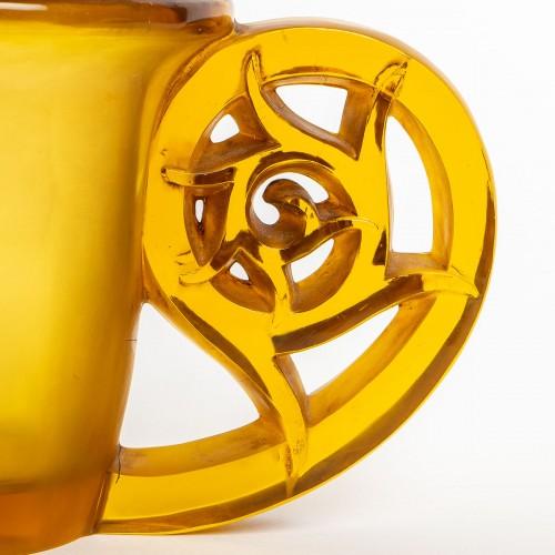 Antiquités - 1926 René Lalique - Pierrefonds Vase