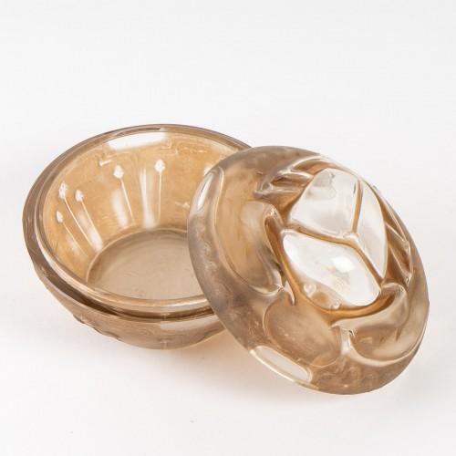 1909 René Lalique - Box Scarabée For Lt Piver x - Glass & Crystal Style Art nouveau
