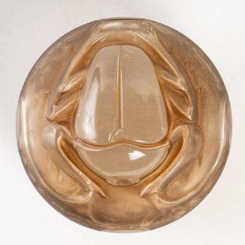 Glass & Crystal  - 1909 René Lalique - Box Scarabée For Lt Piver x