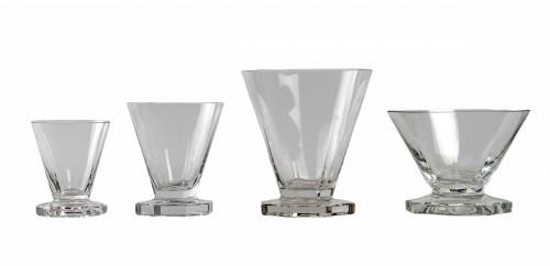 1935 René Lalique - Set Of Quincy Glasses Set - 34 Pieces  - Glass & Crystal Style Art Déco