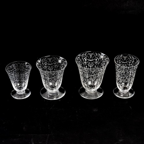 20th century - 1920 Baccarat - Set Of Crystal Michel Ange Glasses - 35 Pieces