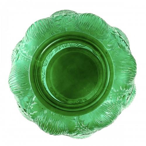 20th century - 1926 René Lalique - Vase Domrémy Emerald