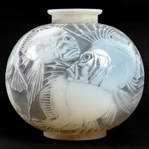 Antiquités - 1921 René Lalique - Vase Poissons Cased