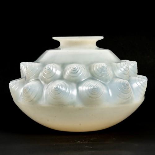 Art Déco - 1927 René Lalique - Vase Dordogne Cased