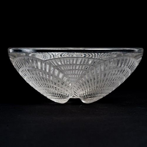 Glass & Crystal  - 1924 René Lalique - Set Of 10 Coquilles Hand Bowl
