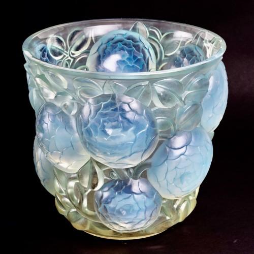 Glass & Crystal  - 1927 René Lalique - Vase Oran