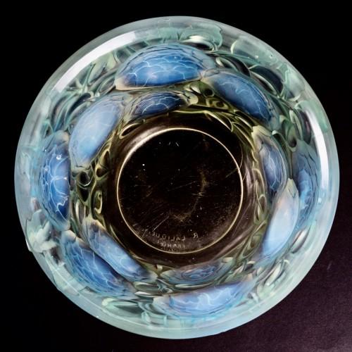 1927 René Lalique - Vase Oran -