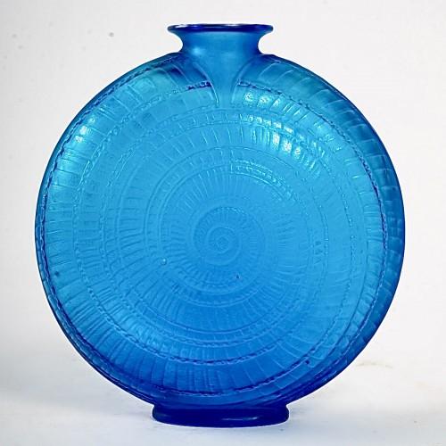 1920 René Lalique - Vase Escargot -