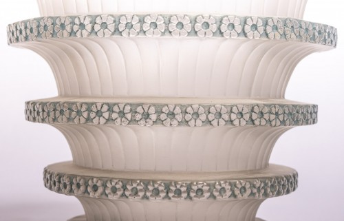 """1930 René Lalique - """"Chevreuse"""" Vase - Glass & Crystal Style Art Déco"""