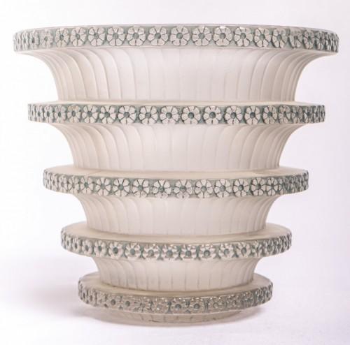 """Art Déco - 1930 René Lalique - """"Chevreuse"""" Vase"""