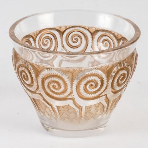 1933 René Lalique - Rennes Vase - Glass & Crystal Style Art Déco