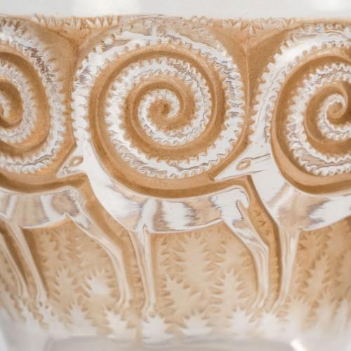 Glass & Crystal  - 1933 René Lalique - Rennes Vase