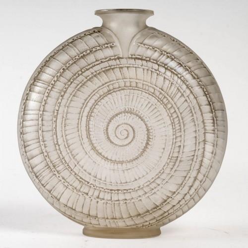 """1920 René Lalique - """"Escargot"""" Vase - Art Déco"""