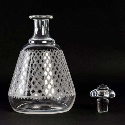 Art Déco - 1920 Baccarat Set Engraved Crystal Alhambra Glasses 56 Glasses