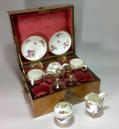 Tête à tête in its coffret case - Sèvres eighteenth century