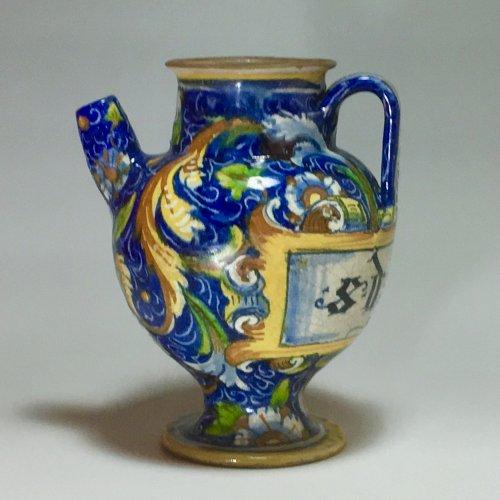 Porcelain & Faience  - Chevrette pharmacy, workshop Maestro Domenico Venice 16th century