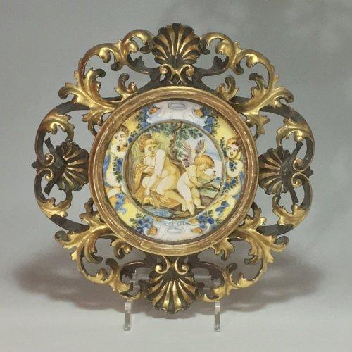 "Castelli - Plate (Tagliere) ""Venus and love"" - eighteenth century -"