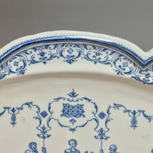 Moustiers or Lyon - Dish with Berain Eighteenth century -