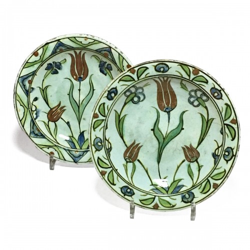 Pair of dishes Iznik 17th century