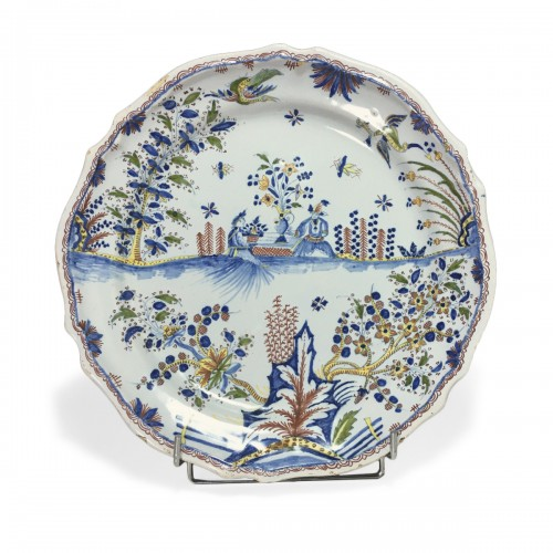 Dish decorated with Chinese - Moulins 18th century