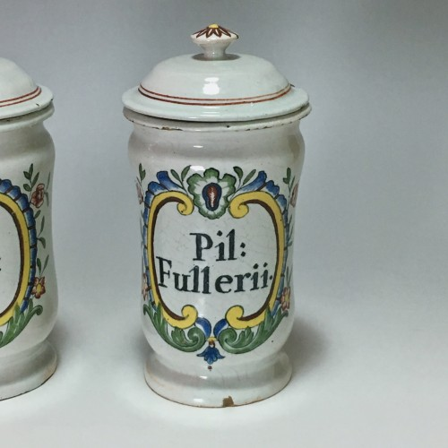 Porcelain & Faience  -  Pair of small pharmacy jars - Rouen Eighteenth century