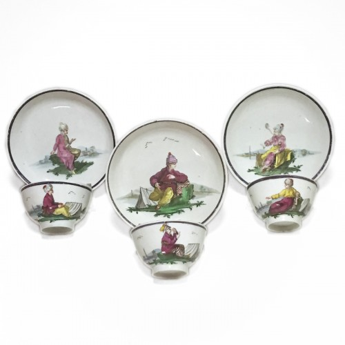 Nove di Bassano - Three porcelain cups and saucers - circa 1790