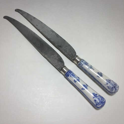Saint Cloud - Rare pair of knives, blades struck with coats of arms  - eigh -