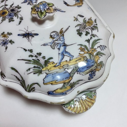 18th century - Terrine earthenware Lyon - Pierre Mongis period - eighteenth century