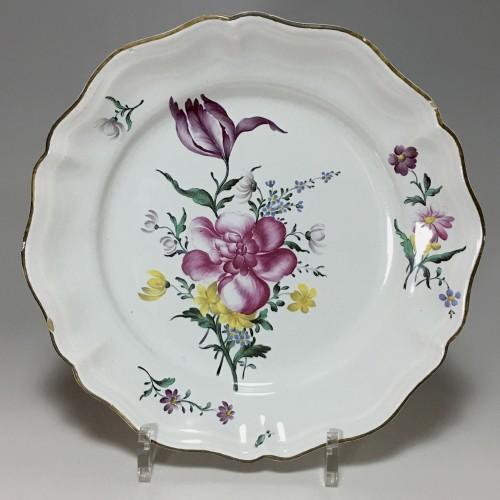 18th century - STRASBOURG - Pair of plates in fine quality - Eighteenth century