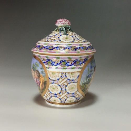 Hébert sugar pot in soft Sèvres porcelain from the eighteenth century  -