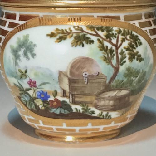 Sugar Pot Hébert in soft porcelain of the eighteenth century Sèvres - 1770 - Louis XV