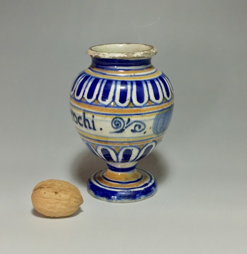 Pill pot in Majolica of Lyon - End of the sixteenth century - Porcelain & Faience Style Renaissance