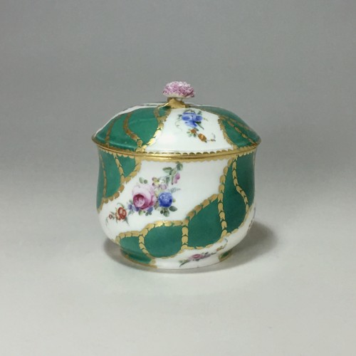18th century - Sugar pot in porcelain of Vincennes - Sèvres - Eighteenth century