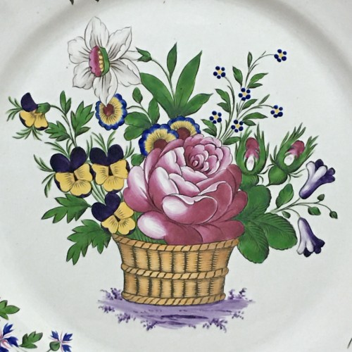Les Islettes - Dish decorated with a flower basket - Nineteenth century - Porcelain & Faience Style Empire