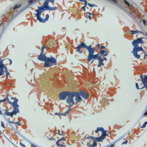 "CHINA - Important dish ""Imari"" - Kangxi period (1662-17 - Porcelain & Faience Style French Regence"
