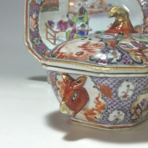 China - India Company - Small terrine and its display unit - Qianlong perio -