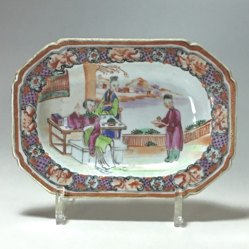 18th century - China - India Company - Small terrine and its display unit - Qianlong perio