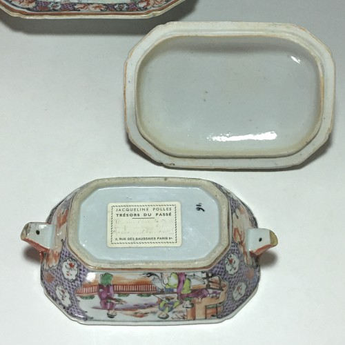 China - India Company - Small terrine and its display unit - Qianlong perio - Louis XVI
