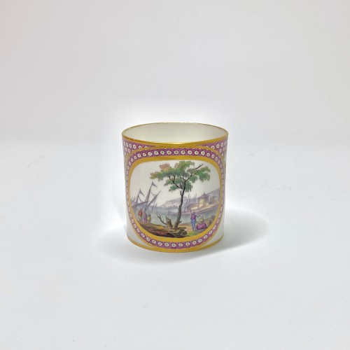 Sèvres - Cup and saucer decorated with maritime scenes - Eighteenth century -
