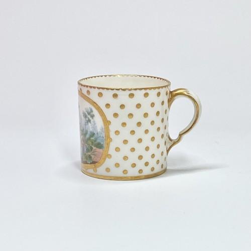 Antiquités - Soft Sèvres porcelain litron goblet - Eighteenth century