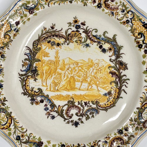 Porcelain & Faience  - air Pair of Marseille earthenware dishes with scenes from the life of Don Quixote