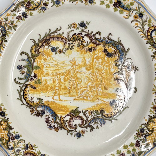 air Pair of Marseille earthenware dishes with scenes from the life of Don Quixote - Louis XV