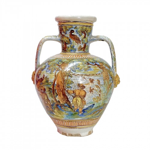 Talavera de la Reina 1680-1700  - Jar decorated with bird hunting scene