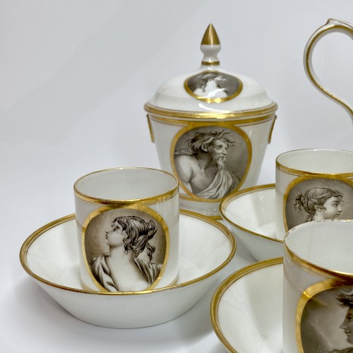 Coffee service with grisaille decoration - Paris - circa 1800 - Porcelain & Faience Style Directoire