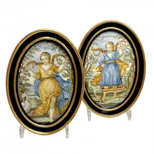 """Pair of Castelli plaques """"Marriage and Servitude"""" - Eighteenth century"""