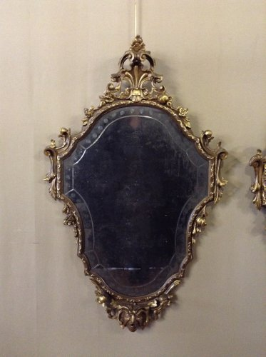 19th century - Pair of Louis XV style giltwood mirrors