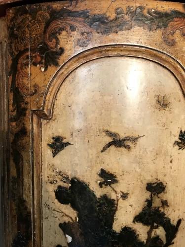 Italian corner cabinet in Arte Povera, 18th century -