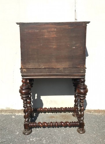 Small cabinet in natural wood, 18th century Portugal -