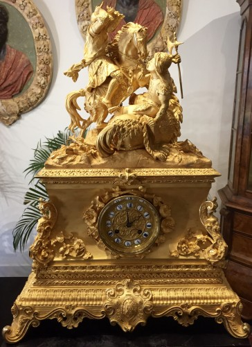 Clocks  - Large gilt bronze clock, mid-19th century