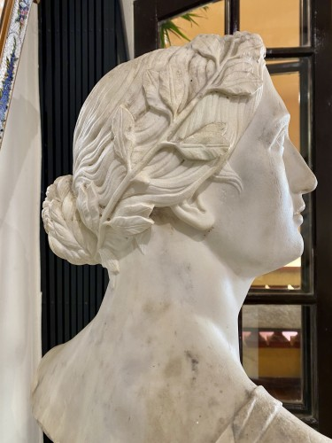 Neoclassical bust in white marble, Italy late 18th century - Sculpture Style